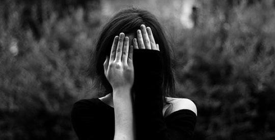 girl-covering-eyes-ffound-1