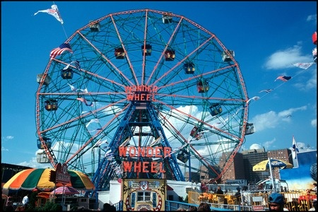 Thw Wonder Wheel, Coney Island, NYC 2002