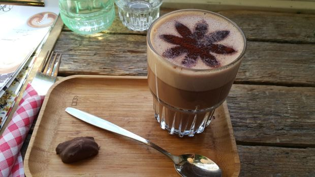 Vegan Hot Chocolate in Delft_preview